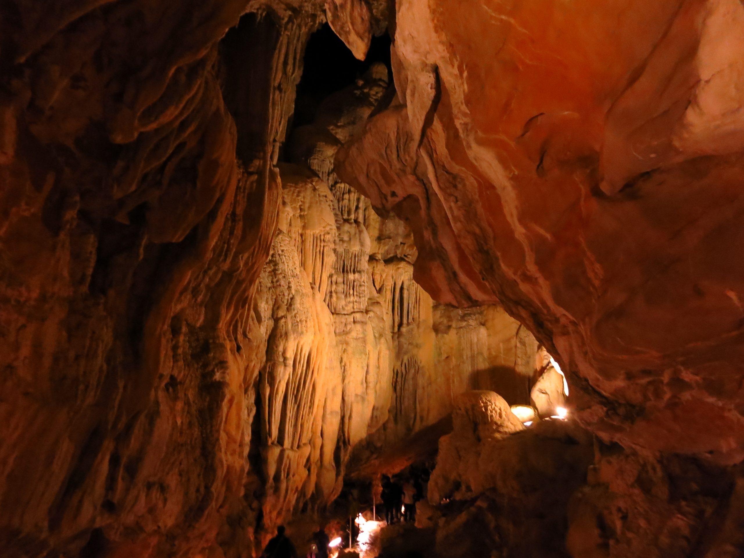 3 planes primaverales en Villanúa de Gállego - Cueva de las Güixas